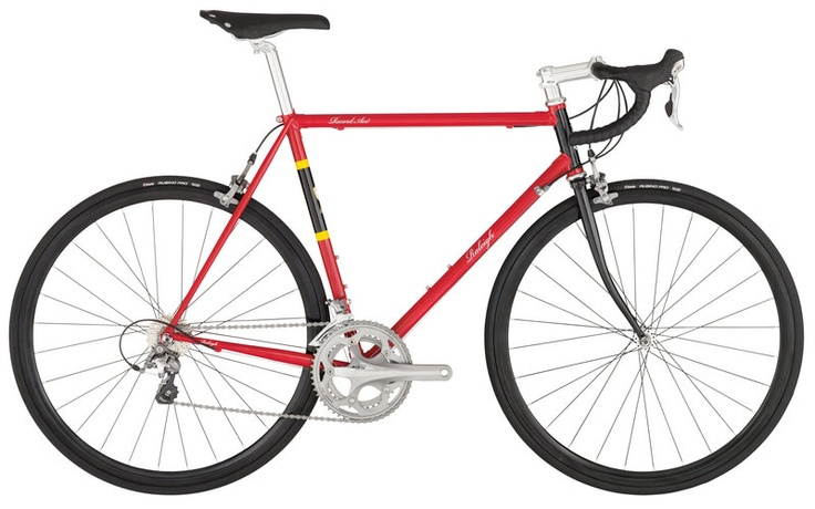 The colour scheme brings back some really good memories! The Raleigh Record Ace - US only, would love to see this in Europe!