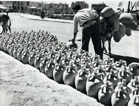 Αιγινα λιμάνι 1950 φωτ.Βούλα Παπαιωάννου