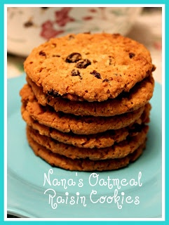 Sweet Tea and Cornbread: Nanas Oatmeal Raisin Cookies!