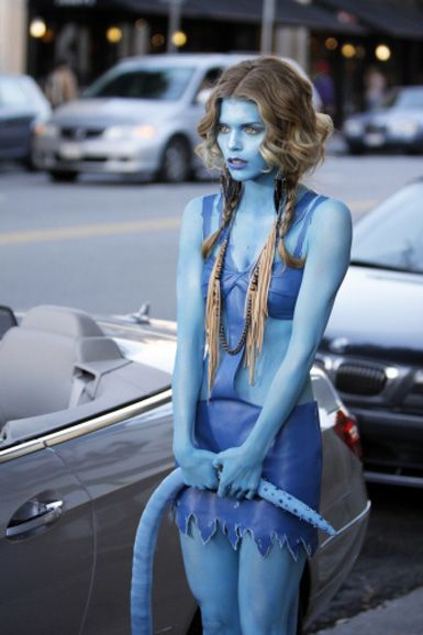 Naomi as an avatar for max ^_^ why couldn't they have worked out!!
