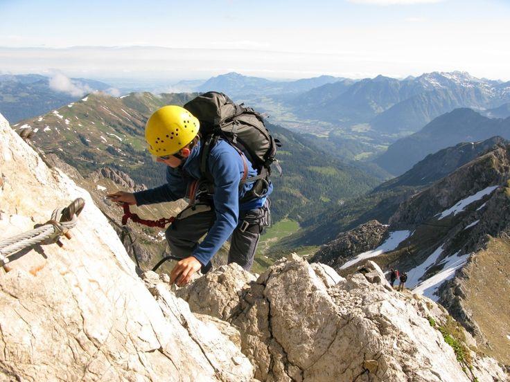 DIE SPORTLICHEN DREI KLETTERSTEIGE RUND UM OBERSTDORF UND DAS KLEINWALSERTAL  Hindelanger Klettersteig, Sportklettersteig und Mindelheimer Klettersteig     Drei Tage, drei Klettersteige vom 21.08. - 23.08.2015 ist unser Motto von Freitag bis Sonntag in und um Oberstdorf.
