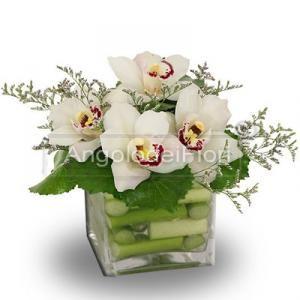 composizioni di fiori in vasi di vetro - Cerca con Google