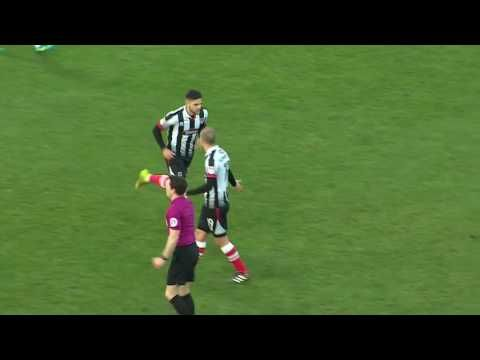 Grimsby Town vs Blackpool - http://www.footballreplay.net/football/2016/12/31/grimsby-town-vs-blackpool/