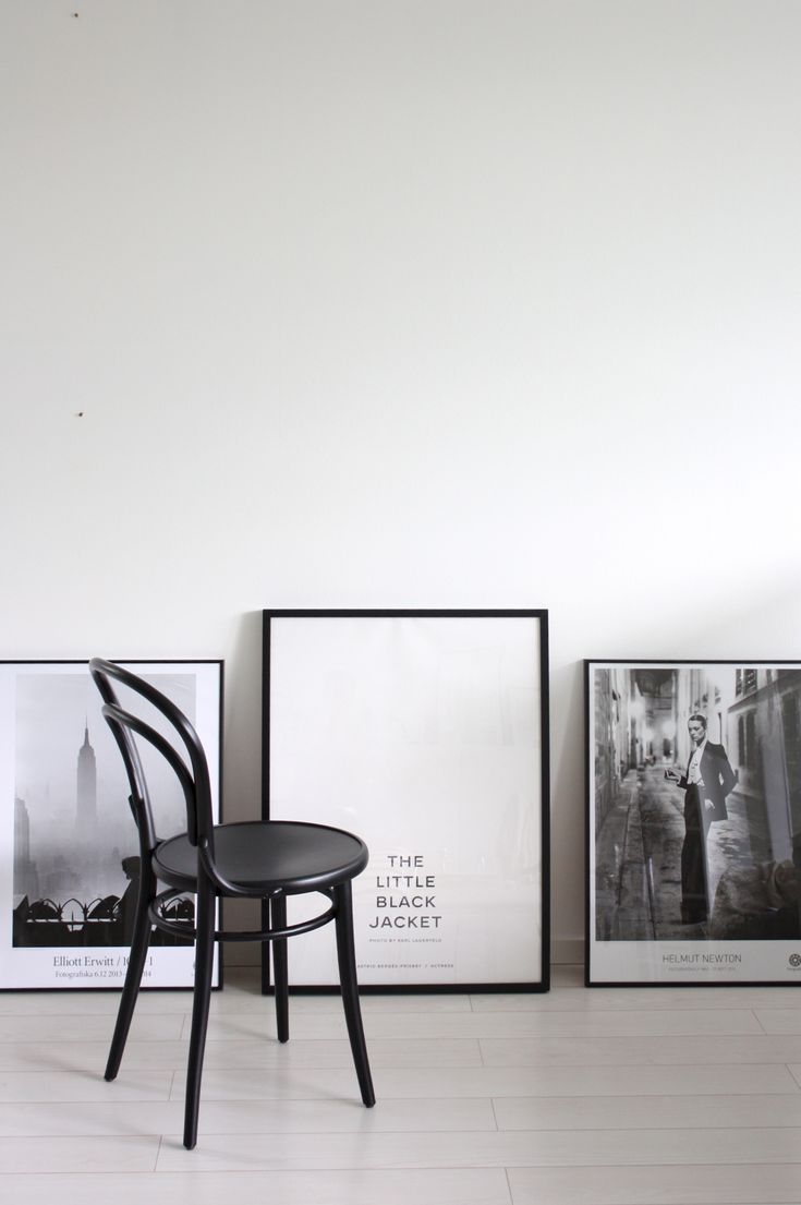 homevialaura   posters   Karl Lagerfeld - The little black jacket   Fotografiska   Helmut Newton   Elliott Erwitt   TON Chair 14
