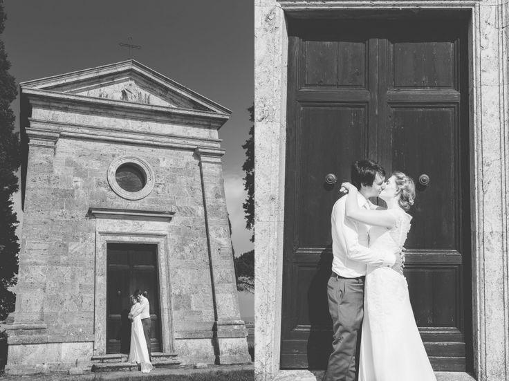 Intimate wedding at chapel of Vitaleta - San Quirico and Pienza