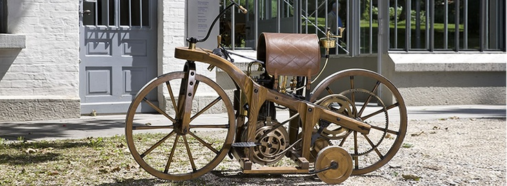In 1885, the so-called riding car was built in Gottlieb Daimler's workshop as a test unit to prove the suitability of Daimler's and Wilhelm Maybach's gas or petroleum engine.