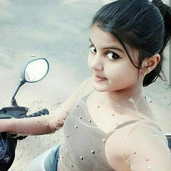Indian schoolgirl in bra