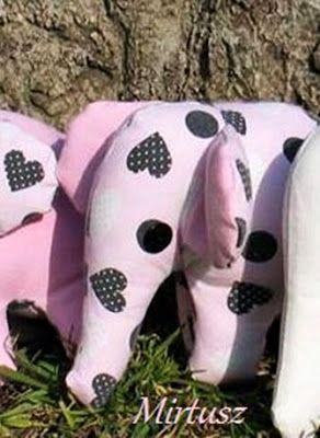 Textilelefánt szívecskés, rózsaszín   Mirtusz : Szív világnapja 2. - 13 + 1 Szívderítő Mirtusz-szív