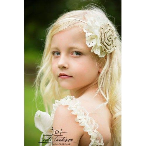 Metal hårbøjle med beige hør blomst og ivory blonde blomst