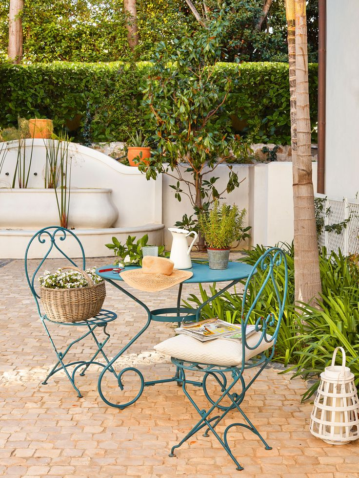 """The patio """"It's a Mediterranean house, very Andalusian, with its white walls, its cobbled courtyard"""