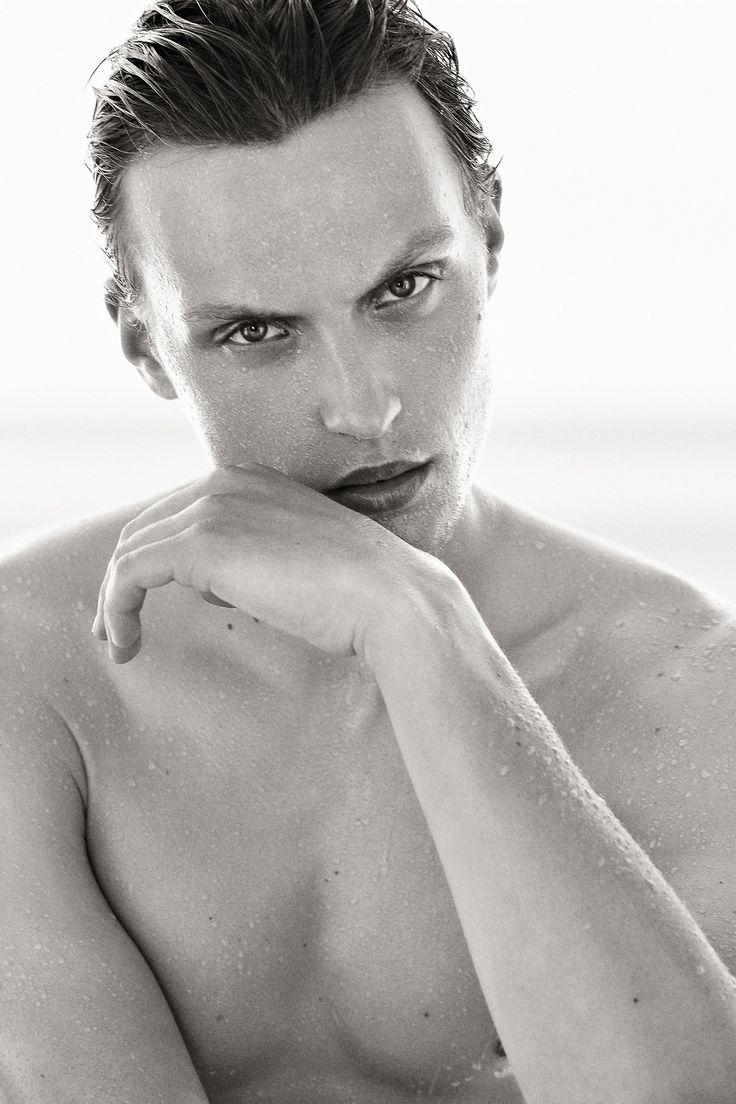 Gyslain YARHI http://www.gyslainyarhi.com   #beauty #nude #skin #man #sun #summer