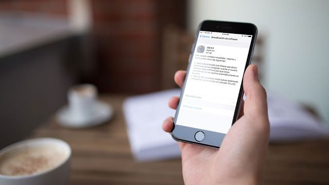 iOS 9.1 ya disponible la primera gran actualización de iOS 9 ya está aquí   La actualización sale de la beta pública y ya está disponible para todos.  Si tienes un dispositivo Apple compatible con iOS 9 te interesará saber que la actualización 9.1 ya está disponible para su descarga.  Entre los dos cambios principales tenemos los nuevos Emojis  más de 150 dice Apple  entre los que se encuentra el taco el dedo medio el unicornio y otros más.  El segundo cambio tiene que ver con Live Photos la…