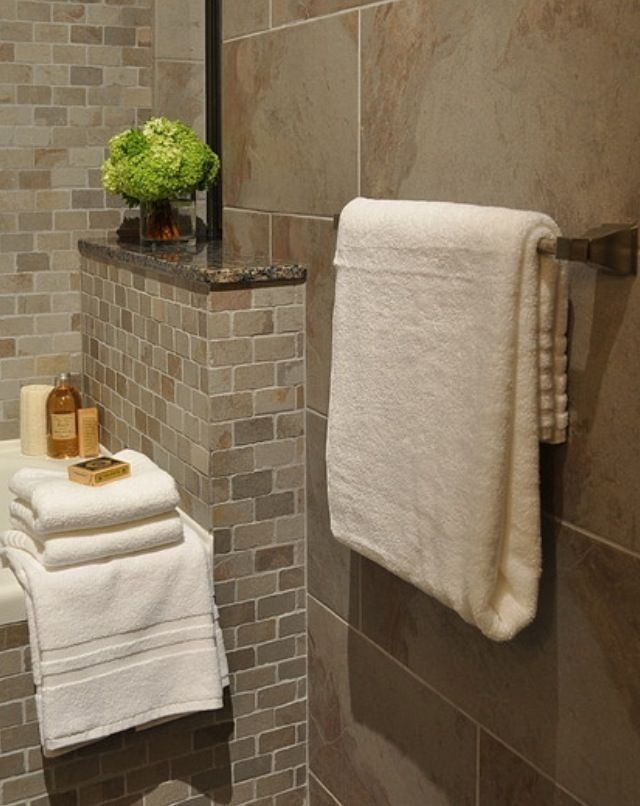 I like this bathroom tile