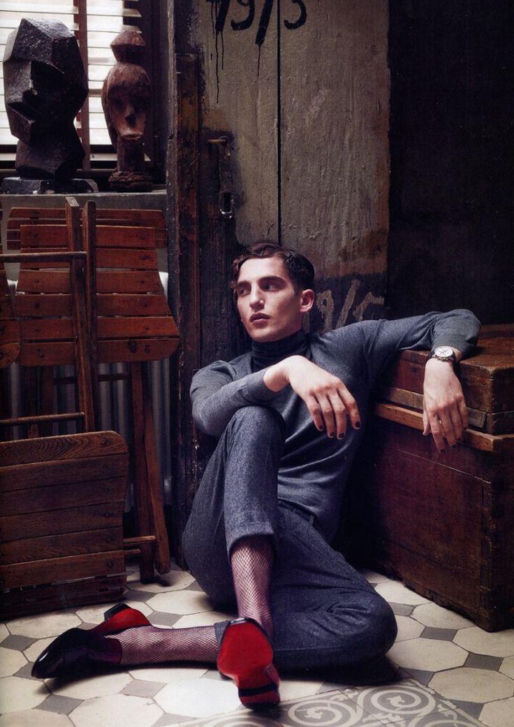 Anatol Modzelewski Goes Dandy for Viva Moda