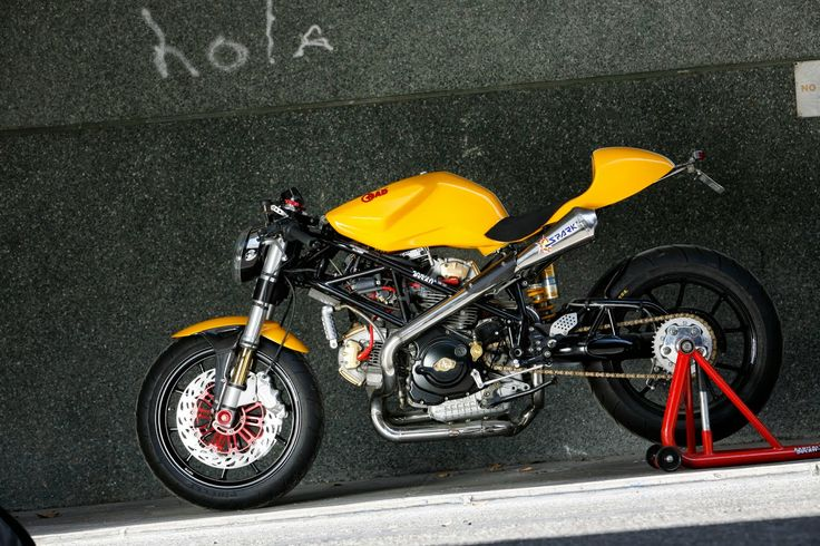 Metralla: the last RAD02 - Inazuma café racer