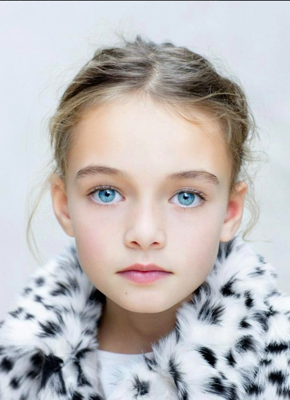 Cutie, little girl with blue eyes