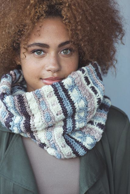 Nordica Cowl by Beth Nielsen | malabrigo Worsted