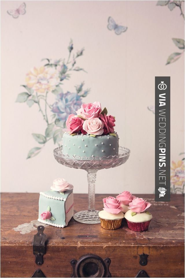 So awesome -  | CHECK OUT SOME AMAZING PHOTOS OF NEW Wedding Motif 2017 OVER AT WEDDINGPINS.NET | #weddingmotif2017 #weddingmotifs #2017 #weddingthemes #cakes #weddings #boda #weddingphotos #weddingpictures #weddingphotography #brides #grooms