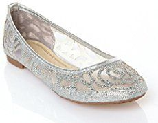 25+ Comfortable Wedding Flats for Brides - Deer Pearl Flowers
