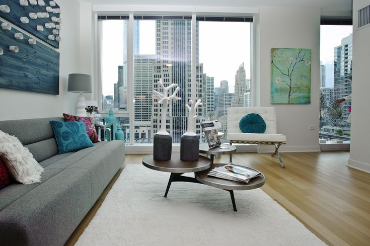 11 Chicago Dream Apartments To Rent Right Now #refinery29  http://www.refinery29.com/available-chicago-apartment-rentals#slide-20   The building also includes a second amenity floor with amazing views looking out towards Ogden Slip, Lake Michigan, and the Chicago River. Only a few of the three-bedroom units (which start at $7,999) are left, so hurry for maximum space and unparalleled city views....