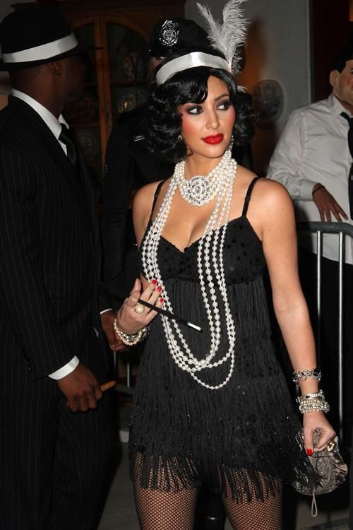 Kim kardashian 1920s fashion--need long ropes of pearls (Dress is TOO short for the early part of the era)