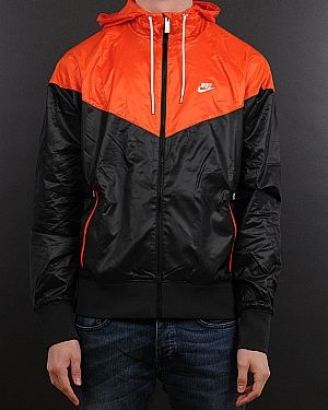 Nike 304869 the black red windrunner (340869) jackets at Zoovillage