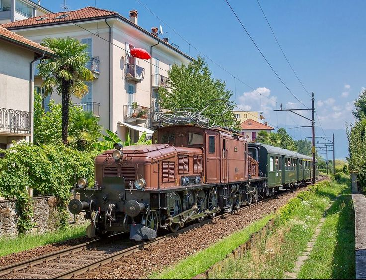"""Crocodile"" The iconic Gotthard diesel Locomotive"