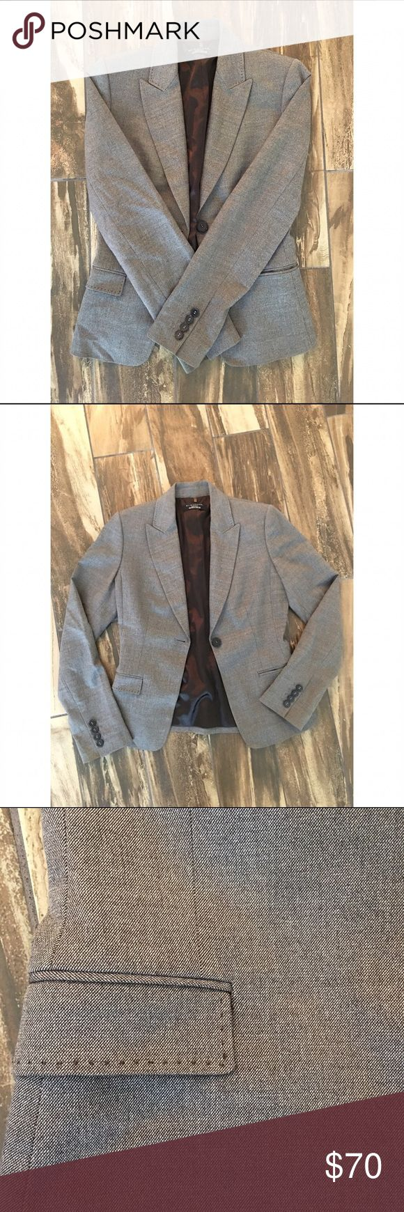 Elie TAHARI Sz 2 Blazer, Great Condition Size 2 perfectly tailored (unaltered) Elie Tahari Women's blazer. Perfect with black skinny pants or with a cute pair of skinny jeans for a casual business meeting. Sport Coat is in excellent condition with no signs of wear. Features brown silky lining and great detail on pockets and button seaming. Elie Tahari Jackets & Coats Blazers