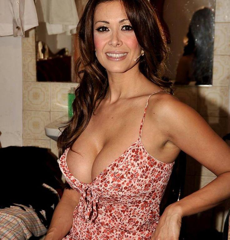 Sara Varone, Hot Italian Entertainer And Show Woman -1447