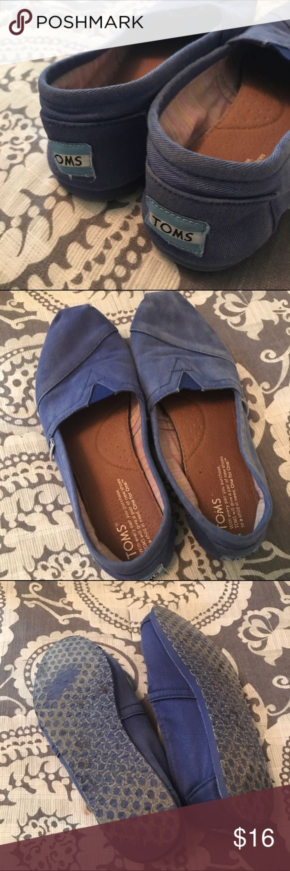 blue acid wash toms 💟 gently used but still tons of life. womens 7.5. no holds or trades. TOMS Shoes Flats & Loafers