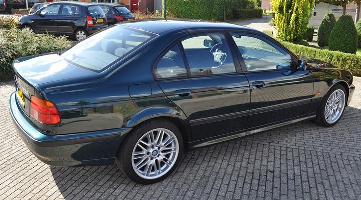 BMW 525i 1999 na polijsten en poetsen met Black Hole en Liquid Blue   BMW 1999 detailing