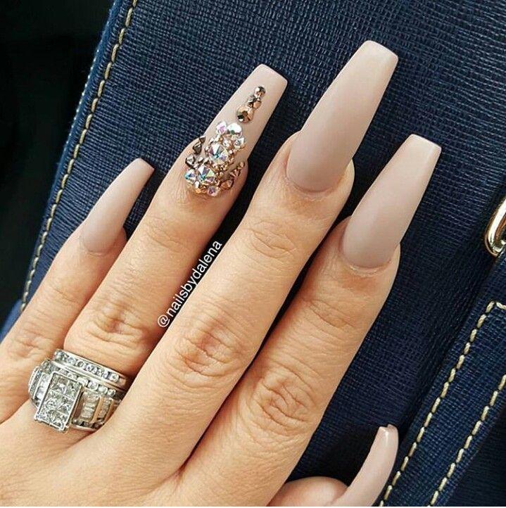 Diamond Design Nails Nail Game In 2019 Dimond Nails Nails