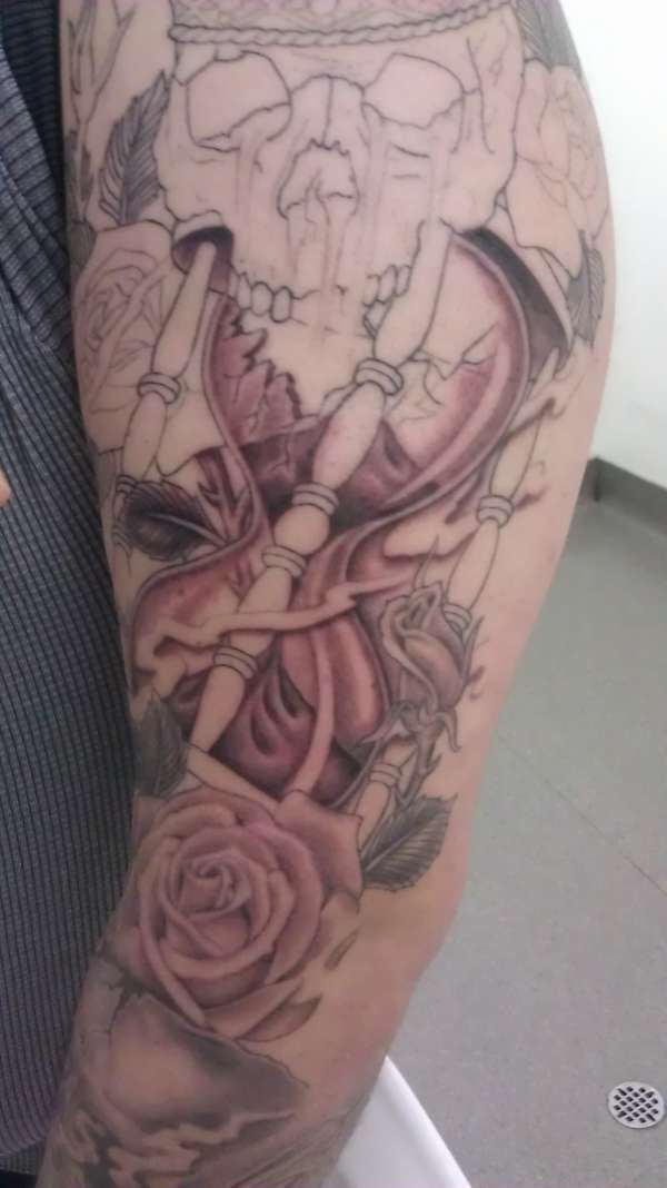52 best images about hour glass on pinterest for Tattoo cost per hour