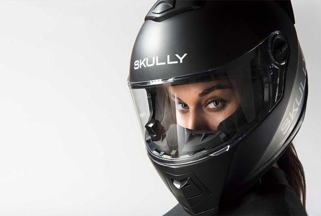【悲報】超未来型ヘルメット「SKULLY+AR-1」が発売停止