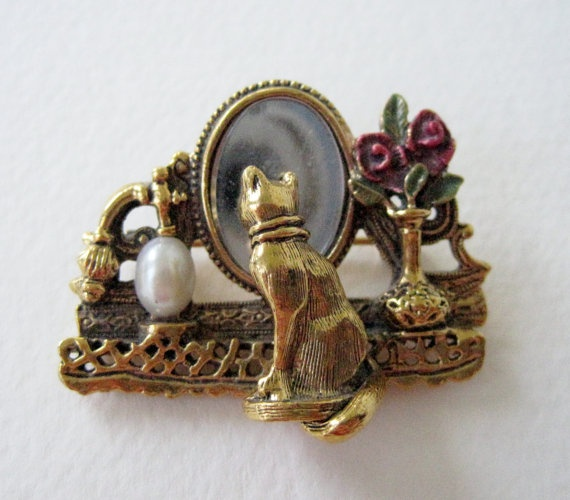 Vintage 80s Victorian Cottage Chic Signed 1928 Collectible Cat in Boudoir Mirror Brooch Pin by ThePaisleyUnicorn, $30.00