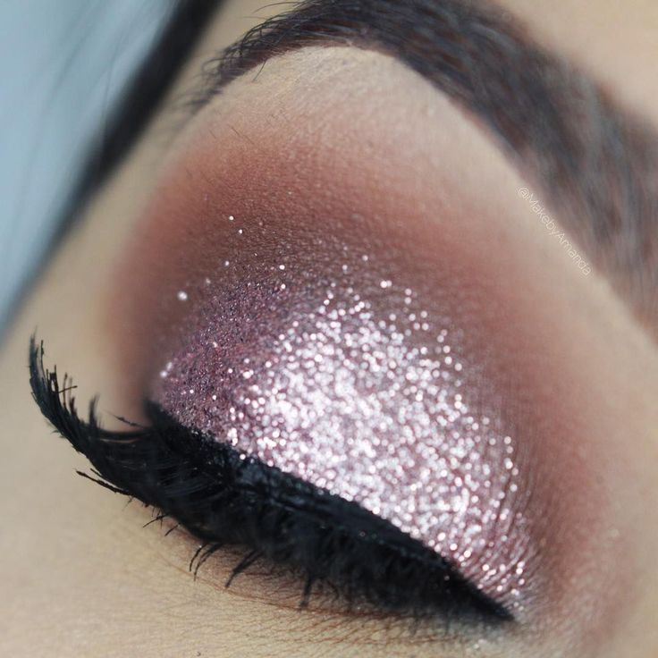 pink glitter with a soft, blended crease