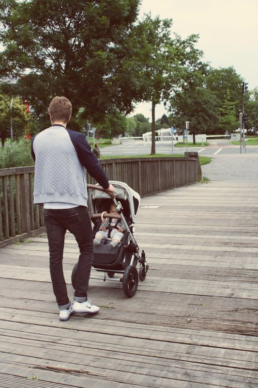 Bugaboo Cameleon2 on the go. All about how to buy a used stroller