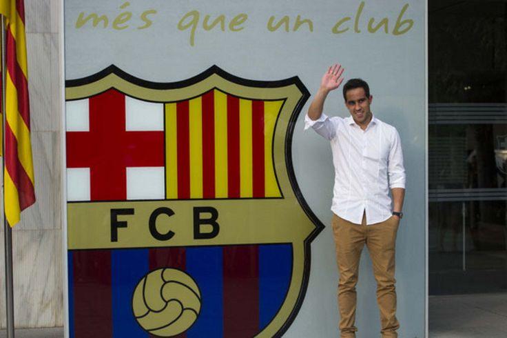 Presentación del portero chileno, Claudio Bravo. Claudio competirá por la titularidad en el Barça con Ter Stegen y Masip
