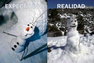 CC_2433537_meme_otros_expectativa_vs_realidad_al_hacer_un_muneco_de_nieve