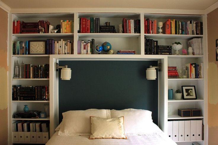 Tête de lit avec rangement, tableau noir décoratif et appliques de chevet- le lit pont bien pratique