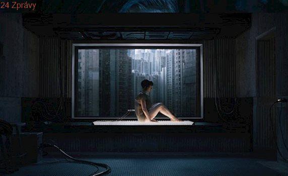 VIDEO: Scarlett Johanssonová bojuje proti zlu jako kyborg v novém sci-fi