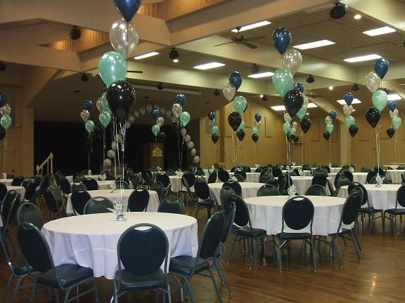 Best 25 reunion centerpieces ideas on pinterest class for Balloon decoration classes