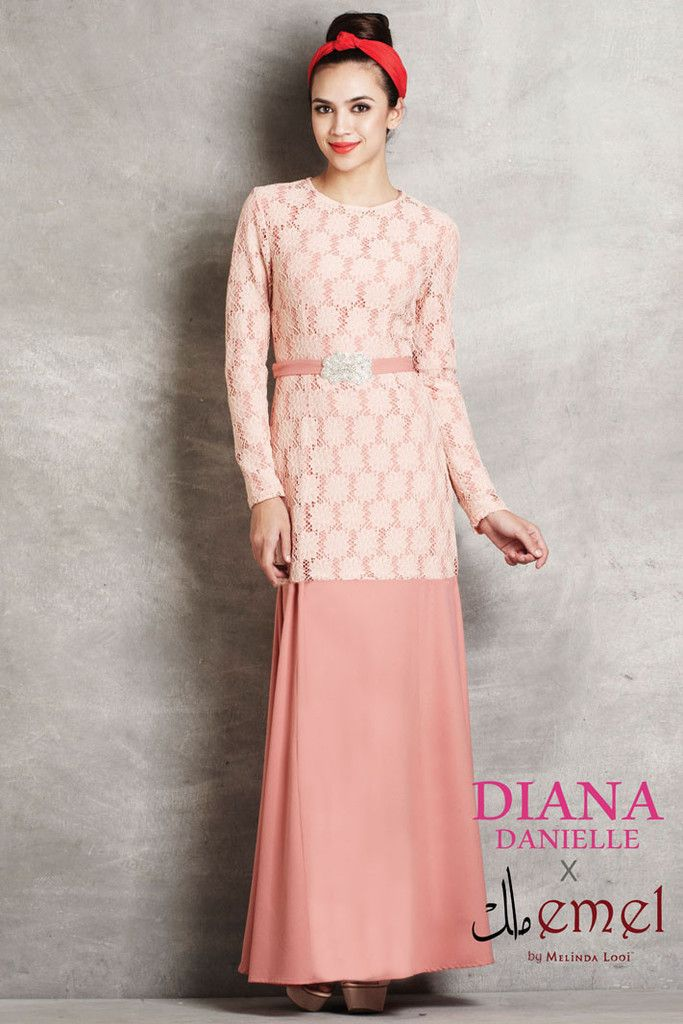 Diana Danielle x emel - Embroidered Lace 2 piece Jubah | Official Site – emel by Melinda Looi - Official Webstore