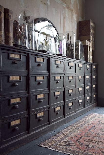 utilitarian Italian drawers