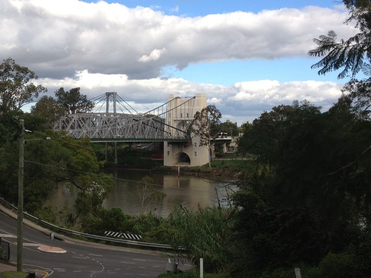 Walter Taylor Bridge, Indooroopilly