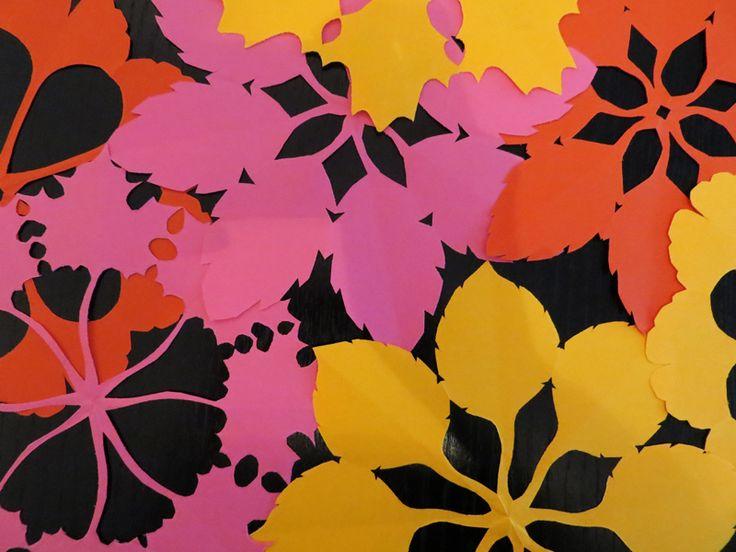 Fensterbilder basteln: Die Blumen des Herbstes