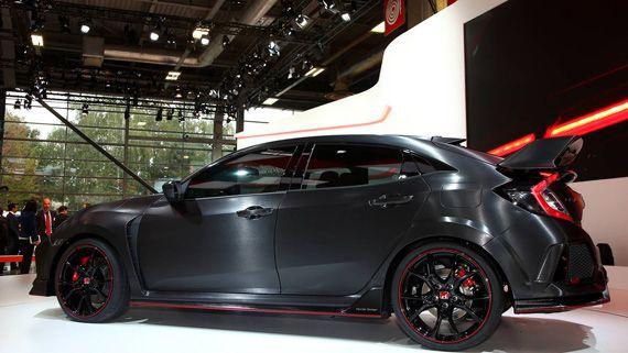 Горячий хэтчбек Honda Civic Type R Prototype 2018 / Хонда Сивик Тайп R Прототип 2018