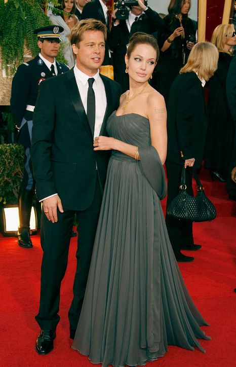 The Best Golden Globes Dresses of All Time: Glamour.comBest Golden Globes Dress: Angelina Jolie in St. John, 2007 Angelina Jolie accompanied Brad Pitt—nominated for his role in Babel that year—to the 2007 Golden Globe wearing a custom-made gray St. John Knits gown.