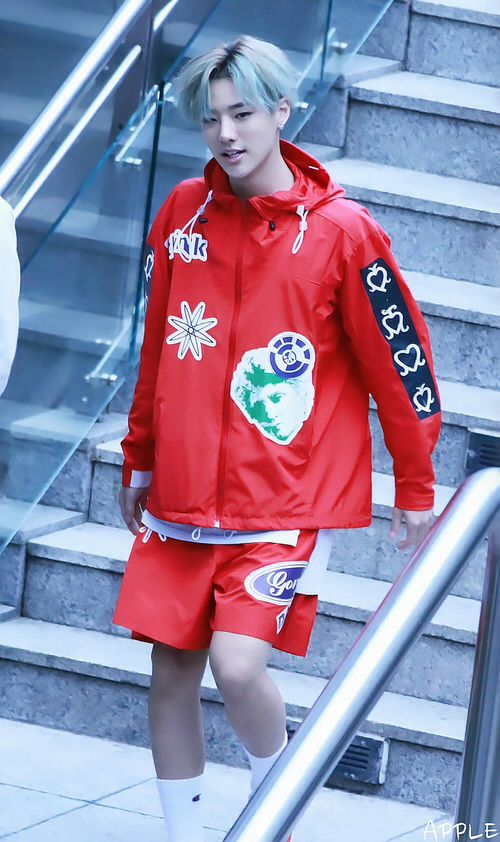 Seungyoun uniq || for more kpop, follow @helloexo