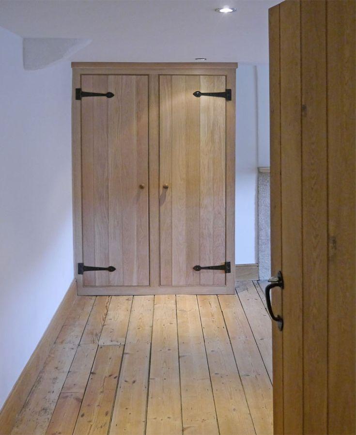solid_oak_fitted_wardrobe